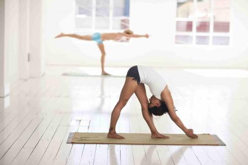 Yoga mit Tanja im Leseraum